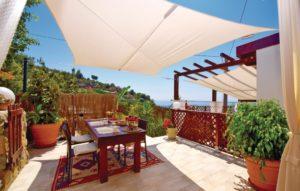 luxe villa aan zee in Italie