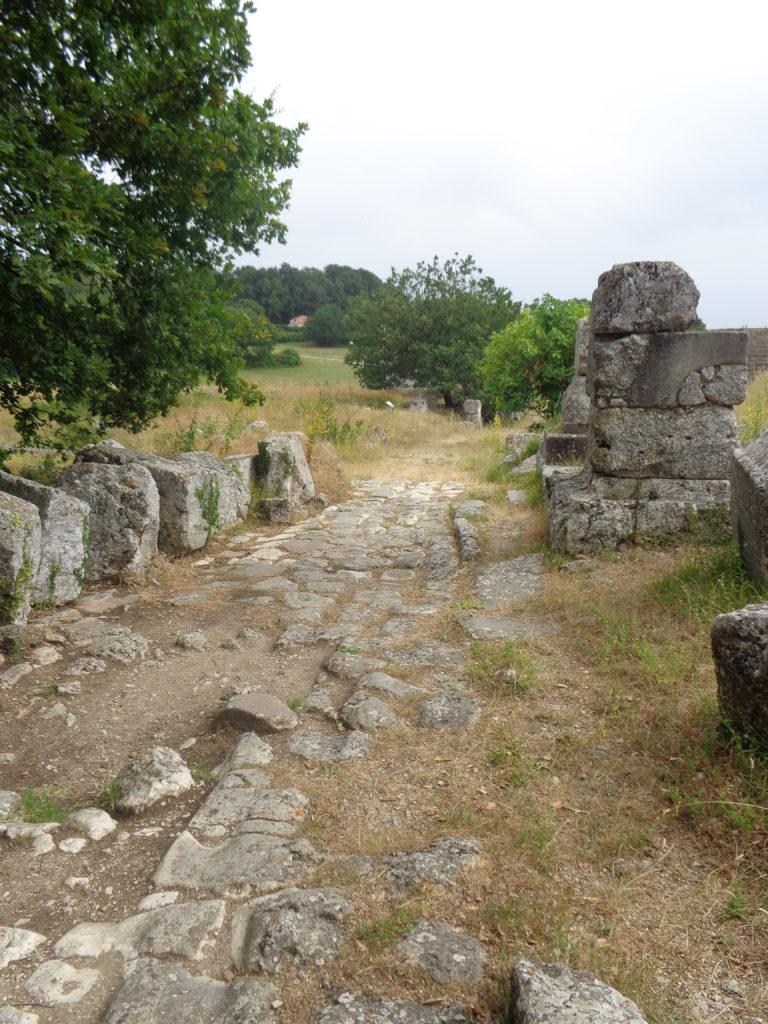De stad binnenlopen via een weg van meer dan 2.000 jaar oud