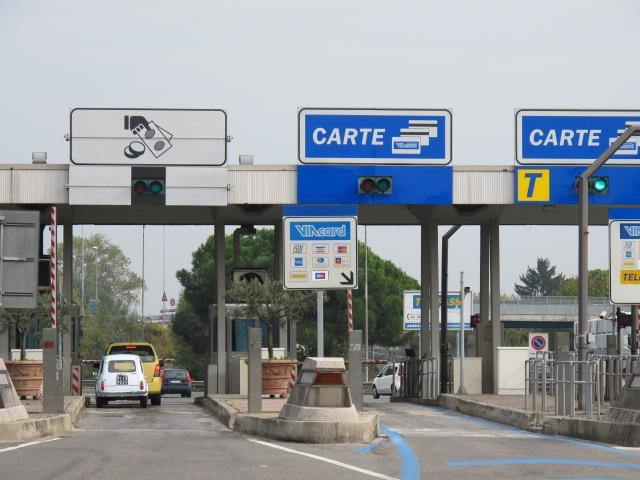 Tol op de snelweg in Italië2